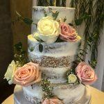 Verneles_Classic_Cake